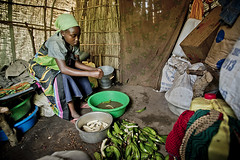 Following Harerimana Sebihogo, a refugee and his family who settled in Rwamwanja site. (( Voice Nature. )) Tags: uganda centralafricaandthegreatlakes congoleserefugees westernuganda rwamwanja