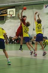 KyIF - Cocks (DP-03 Kilpa) (KyIF Handboll) Tags: sport canon sigma indoor 03 dp cocks handball handboll pojat pojkar sigma70200f28ex käsipallo kyif eos7d dpojat dpojkar kilpasarja