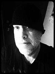 Day 1417 - Day 322: It keeps my head warm (knoopie) Tags: november selfportrait me doug concorde picturemail iphone 2015 year4 day322 knoop 365days knoopie 365more day1417 365daysyear4