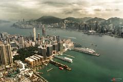 151105-03683 (Salvatore R. Calì) Tags: panorama hongkong bay nikon sigma hongkongisland hongkongbay sigma1750 nikond7100