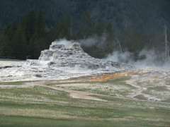 Upper Geyser Basin #18 (jimsawthat) Tags: geysers thermalfeatures uppergeyserbasin rural wyoming yellowstonenationalpark