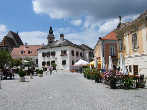 Ruszt, Rathausplatz