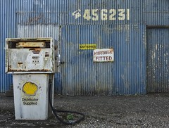 Smeaton VIC [Explored] (phunnyfotos) Tags: phunnyfotos australia victoria vic centralvictoria smeaton servicestation servo petrolstation gasstation fuel petrol gas diesel bowser old rust rusted rusty decay corrugatediron corrugated blue phonenumber writing lettering text font typography sign windscreensfitted batteries mechanic nikon d750 nikond750 shell pump peelingpaint