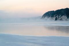 """""""Aux matins frêles des lacs de neige, aux matins froids aux reflets grèges"""" (Barbara) (Valentin le luron) Tags: 20170113 800 e nature paysage lac gel aube forêt vallée de joux vaud suisse pastel romandie yves paudex lausannea nikon"""