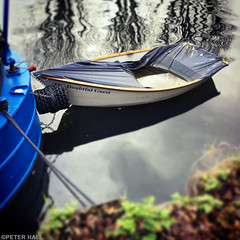 The Doubtful Guest (peterphotographic) Tags: photo08012017122645edwm thedoubtfulguest apple iphone 6s instagram ©peterhall riverlea riverlee springfieldmarina walthamstow e17 eastlondon london england uk britain boat ship vessel tender sink sinking canal canalboat towpath square water reflection