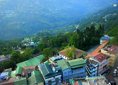Gangtok City, Sikkim (moon@footlooseforever.com) Tags: gangtok sikkim cityscape hill mountains ropeway panorama