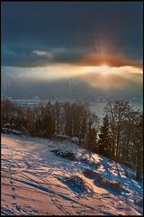 Derniers rayons de soleil sur le Lac Léman. There is always the sun. No. 6594. (Izakigur) Tags: winter lhiver svizzera switzerland dieschweiz d700 nikond700 nikkor2470f28 myswitzerland musictomyeyes lasuisse laventuresuisse liberty thelittleprince ilpiccoloprincipe sunlight twilight fixyou coldplay hope feel think emotions memories swiss suizo suïssa suisia suiza 2017 vd vaud cantonvaud izakigur flickr light licht lumière topf25 100faves 200faves 250faves 300faves 500faves