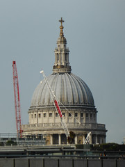 St Paul's Cathedral (jane_sanders) Tags: london stpaulscathedral stpauls cathedral dome stonegallery goldengallery