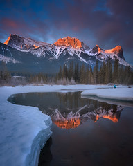 'Melted Heart' - Ha Ling Peak, Canmore (Gavin Hardcastle - Fototripper) Tags: ha ling peak canmore sunrise mountains clouds reflections river trees winter thaw melting cold freezing gavinhardcastle fototripper