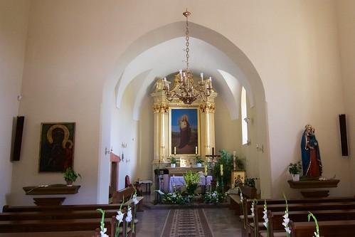 Wnętrze kościoła Świętego Ducha w Bodzentynie