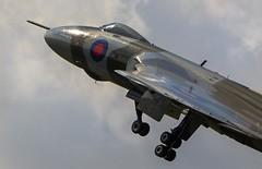 Vulcan XH558 Finningley - 19/9/15 (deltic17) Tags: jet vulcan raf avro doncaster robinhoodairport xh558 avrovulcan vulcanbomber raffinningley vulcantothesky