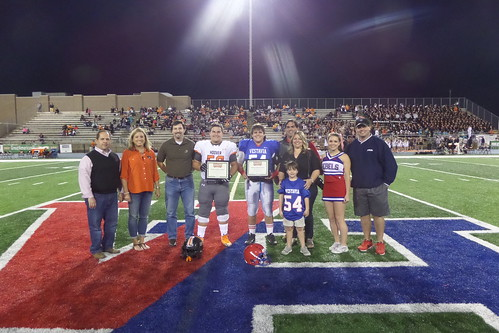 "Vestavia vs. Hoover • <a style=""font-size:0.8em;"" href=""http://www.flickr.com/photos/134567481@N04/22225797252/"" target=""_blank"">View on Flickr</a>"