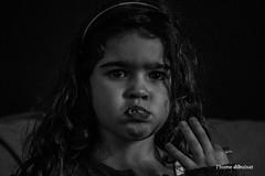 gypsy (dib, l'home dibuixat) Tags: bw home monochrome kids blackwhite child monochromatic highlights colorless gypsy blancinegre livingbeings lhomedibuixat