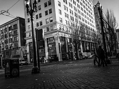 Street Corner Perspectives (TMimages PDX) Tags: road street city autumn people urban blackandwhite monochrome buildings portland geotagged photography photo image streetphotography streetscene sidewalk photograph pedestrians pacificnorthwest avenue vignette fineartphotography iphoneography