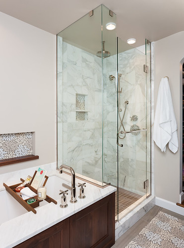 Alameda Drive Bath 001