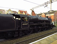 Steam special at Southend East station, Essex (Steven K. Hearn) Tags: england trains railways essex southendonsea lms steamlocomotives black5 thelancashirefusilier preservedlocomotives specialtrains londonmidlandscottishrailway locohauledtrains stanierclass5460 southendeaststation