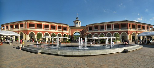 Serravalle outlet in 2010.