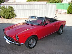 "fiat_124_spider_12 • <a style=""font-size:0.8em;"" href=""http://www.flickr.com/photos/143934115@N07/31124563123/"" target=""_blank"">View on Flickr</a>"