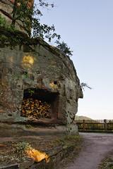 Provisions pour l'hiver... (Ombre&Lumiere) Tags: châteauduvieuxwindsteinbasrhin vosgesdunord parcnaturelrégionaldesvosgesdunord 67 vestiges ruines rochers patrimoine