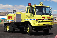 NT 6668 (ambodavenz) Tags: isuzu fts12 mills tui arff crash fire rescue tender queenstown international airport wanaka central otago new zealand aviation