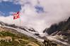Lötschenlücke (NymeriasDream) Tags: mountains alps schweiz switzerland suisse hiking flag glacier berge hut alpen gletscher wallis flagge wandern felsen gebirge berneralpen hollandiahütte lötschenlücke walliseralpen anenhütte
