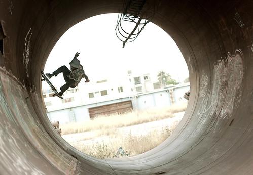 Full Pipe / Sebastian Valderrama