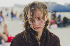 I don't want to go (iNSPIR1T) Tags: cute beach wet girl beautiful eyes sad sandy towel dirty