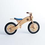 曲げ木 木製二輪玩具 ベントウッドサイクル タイプゼロワンの写真