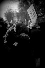 Free hugs for Faternity (Aurlie Lb) Tags: free fraternity hugs femmes paix