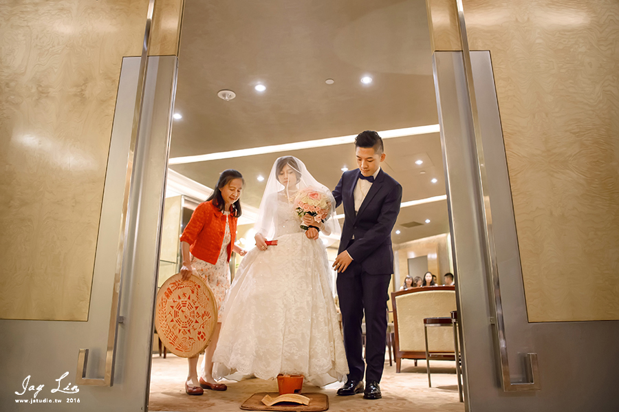 婚攝 台北遠企 遠東大飯店 台北婚攝 婚禮紀錄 婚禮紀實 JSTUDIO_0136