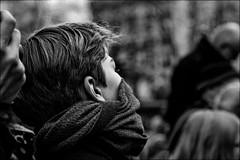 Incognito et frigorifié!! (vedebe) Tags: portraits portrait noiretblanc netb nb bw monochrome humain people rue ville city urbain street