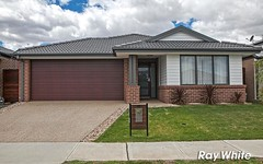 15 Statham View, Cranbourne West VIC