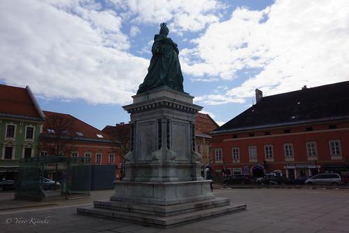 Statue of Maria Theresia / マリア・テレジア像