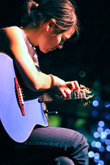 Kaki King, dancing fingers, dancing light (Belltown) Tags: music hands bokeh guitar live fingers performance top20livemusic kakiking