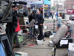 8 July, 2005, King's Cross, London (Herschell Hershey) Tags: news london tv media cross kings terrorism 77 bombing reporters journalists cameramen 7july