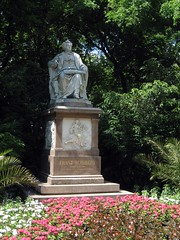 Frankie Schubert statue in the Stadtpark