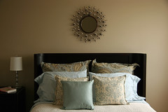 her everyday bed (The 10 cent designer) Tags: bed bedroom interior interiordesign interiorphotography interiorphotographer interiorsset loriandrewsinteriors