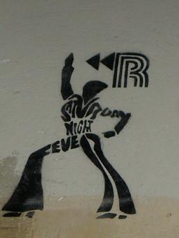 <<R - Saturday Night Fever