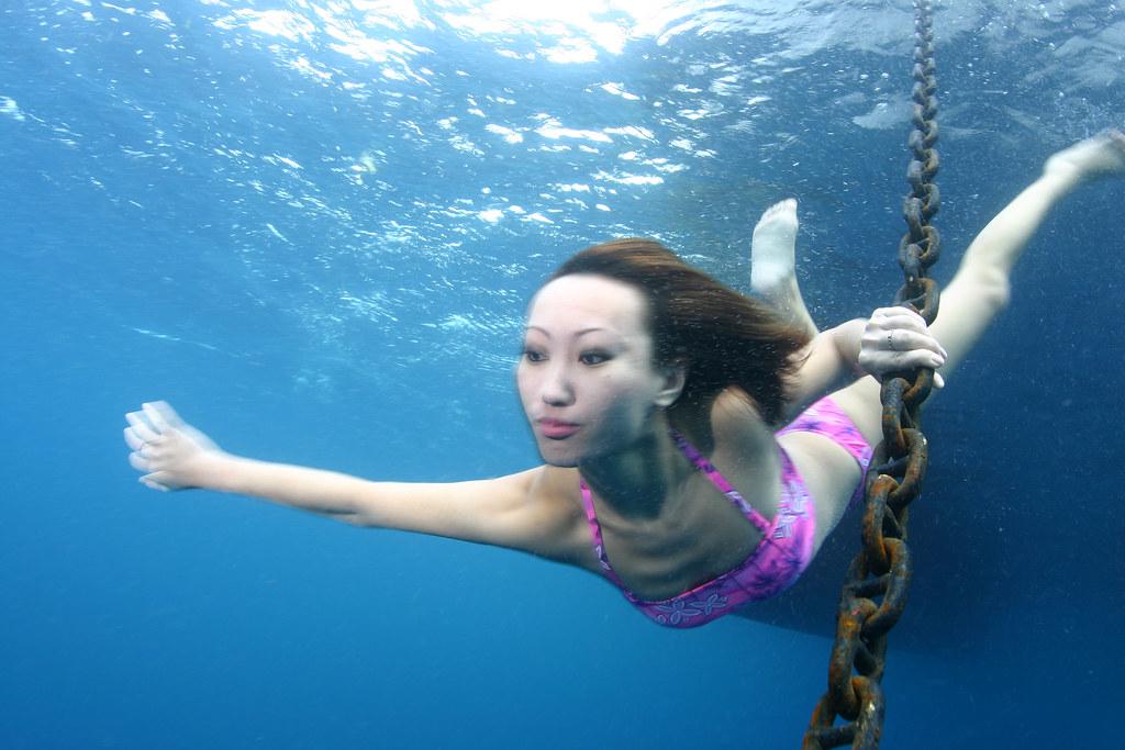 Underwater Asian 121