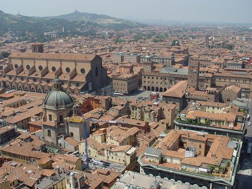 Vista su Bologna dalla Torre degli Asinelli.