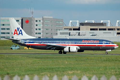 American Airlines 737-800 por caribb.