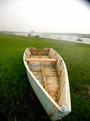 Dory on Oyster River- Chatham, MA (Chris Seufert) Tags: river boat massachusetts chatham cape rowboat oyster cod dory utatafeature