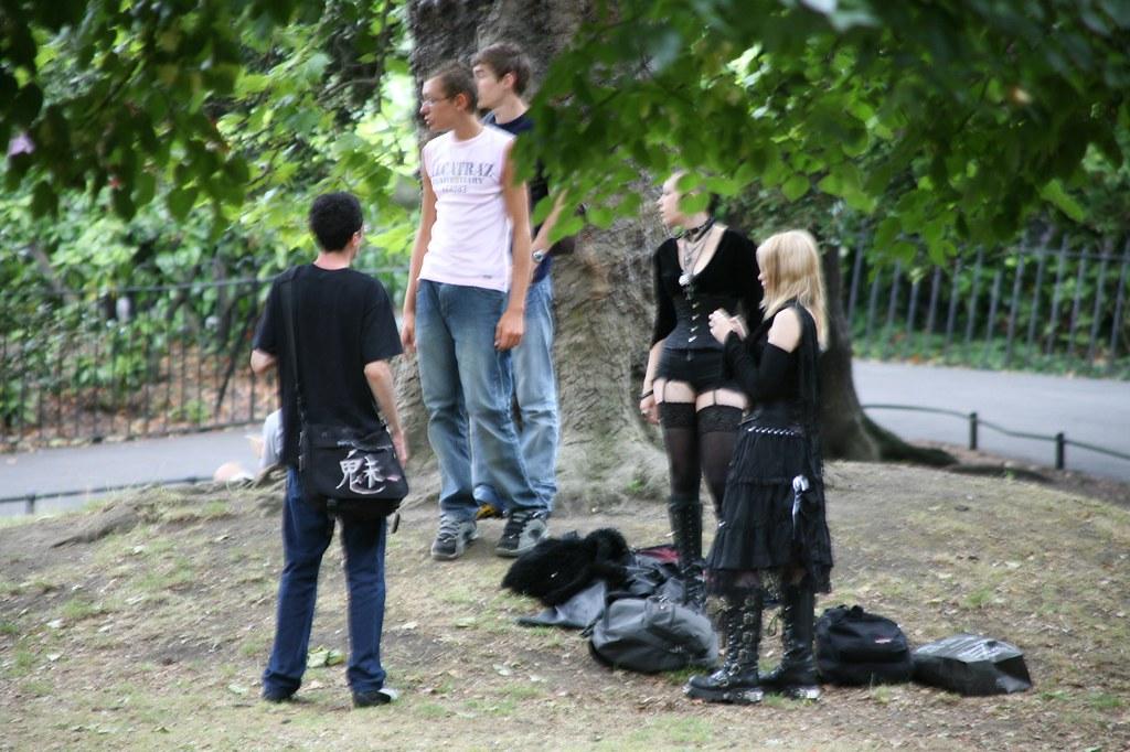 INTERESTING PEOPLE IN STEPHENS GREEN