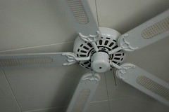 Fan, short shutter (mrjorgen) Tags: fan sweden roadtrip sverige ceilingfan biltur arvika takvifte