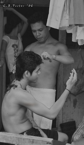 haircut at Baseco Tondo Pinoy Filipino Pilipino Buhay  people pictures photos life Philippinen  菲律宾  菲律賓  필리핀(공화국) Philippines