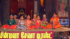 Singing the Praise of God (Kamala L) Tags: orange india green beautiful yellow catchycolors children singing celebration madurai janmashtami bhajan mundouno blackribbonicon