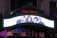 Echosmith (ArtistApproach) Tags: noah new york city nyc newyorkcity ny newyork square marquee jamie manhattan sydney september timessquare times graham hardrockcafe 2015 sierota pinktober echosmith grahamjefferydavidsierota sydneygraceannsierota noahjefferydavidjosephsierota jamiejefferydavidharrysierota