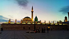 Hz. Mevln Mzesi ve Trbesi (*Tue*) Tags: sunset clouds turkey lights flickr mosque domes minarets konya flickrturkey minrets