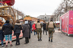 Soldiers patrolling in the Christmas market of Brussels (George Pachantouris) Tags: christmas brussels holiday season belgium market eruope markt grote