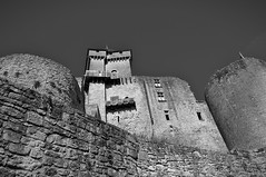 From the walls of Castelnaud - Dordogne - France (xosediego) Tags: travel bw france castle wall buildings nikon outdoor dordogne medieval castelnaud nikkor chateau ubuntu dx perigord sudouest aquitaine castelnaudlachapelle darktable d3100